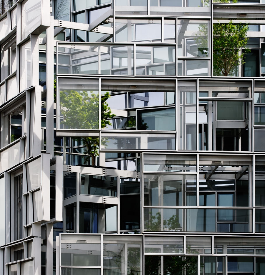 <p><a href='http://www.jeannouvel.com' title='http://www.jeannouvel.com' target='_blank'>Ateliers Jean Nouvel</a>
