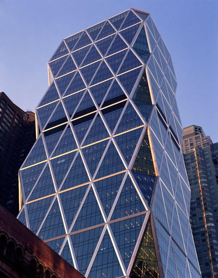 <p><a href='http://www.fosterandpartners.com' title='http://www.fosterandpartners.com' target='_blank'>Foster + Partners</a>