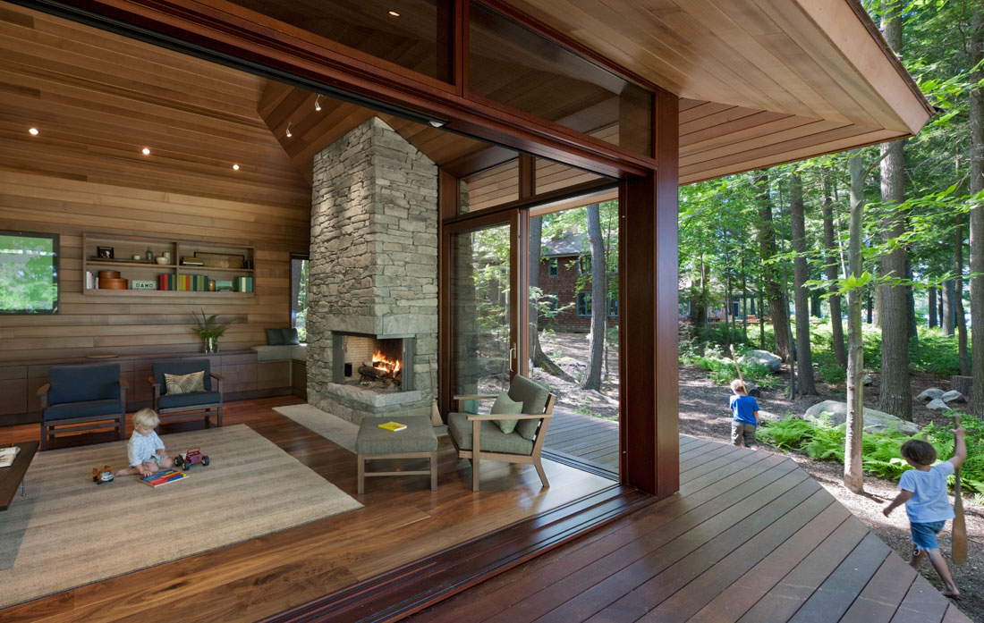 <p>Murdough Design<br />    </p>