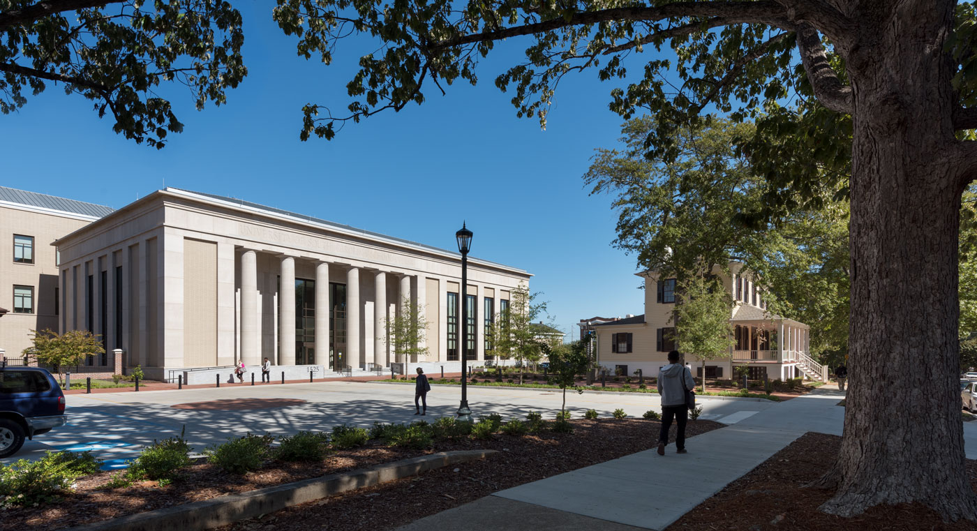 <p>SmithGroup with Boudreaux Group<br /> </p> <p>Univ. of South Carolina</p> <p>School of Law</p>